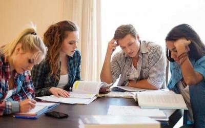 ¿Cómo realizar una tesis?