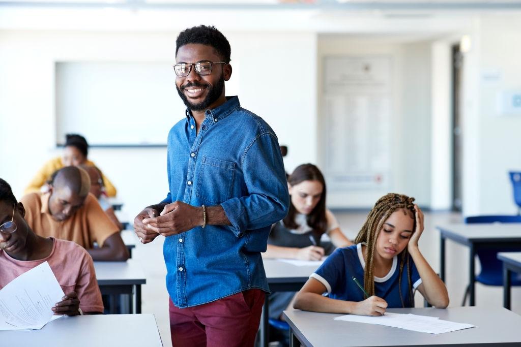 Perspectivas Educativas de Paulo Freire y su aplicabilidad en una Tesis de Grado