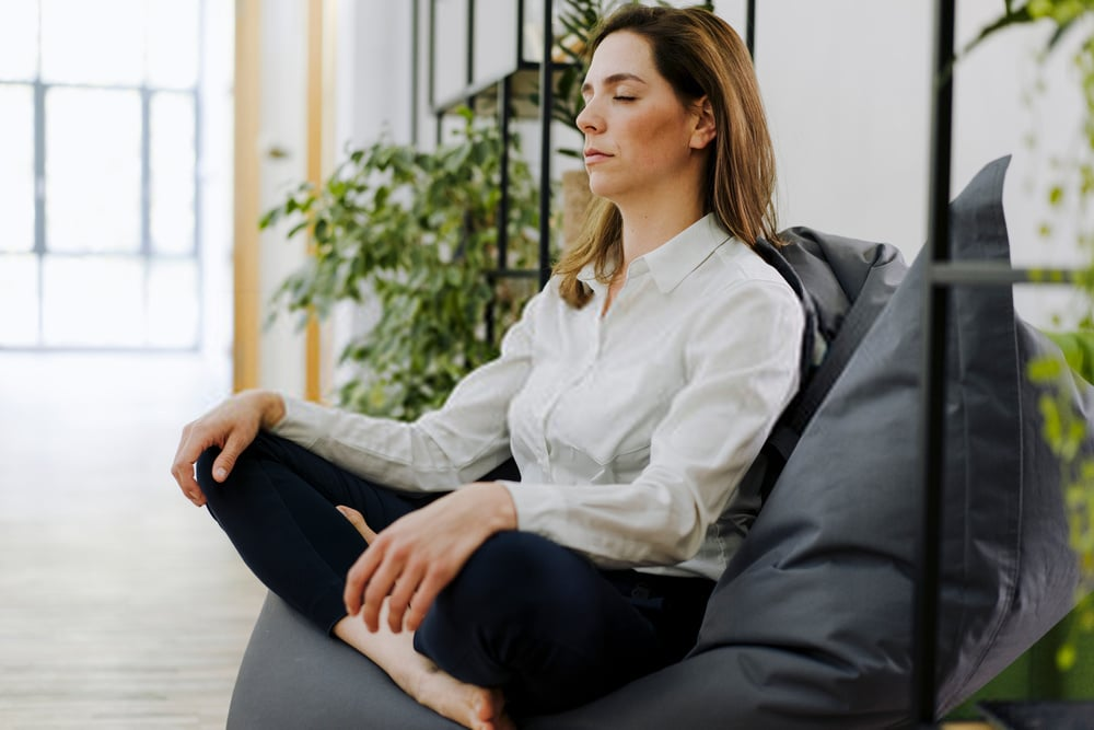 How does meditation influence learning?
