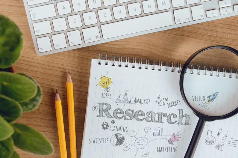 En este artículo de Online Tesis podrás conocer que aspectos básicos conforman una investigación proyectiva.